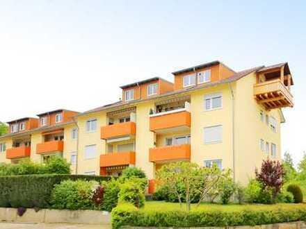 Hereinspaziert: Schöne 3-Zimmer- Wohnung mit Balkon, Stellplatz und Garage