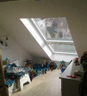 Moderne und kernsanierte 3-Zimmer-Wohnung mit Gartenanteil in Hockenheim zu vermieten!