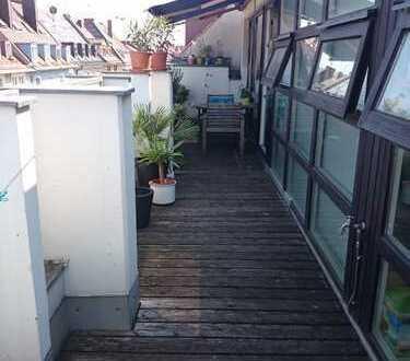 3-Zimmer-Whg. mit Dachterrasse im trendigen Westend, Einbauküche