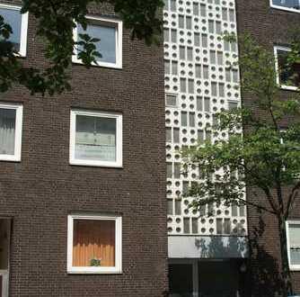 große 3 Zimmer Wohnung in zentraler Lage