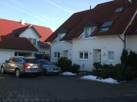 Helles, geräumiges Reiheneckhaus in Aulendorf, von Privat