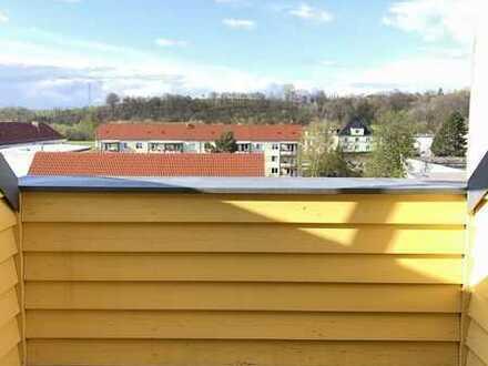 *Individuelle Dachgeschosswohnung am Sternplatz*