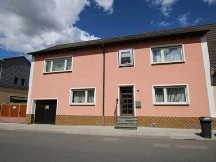 1- 2 Familienhaus mit 202qm Wohnfläche, Nebengebäude und Scheune mit vielseitiger Nutzung