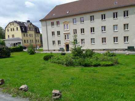 Preiswerte, vollständig renovierte 3-Zimmer-Wohnung zur Miete in Oelsnitz/Erzgebirge