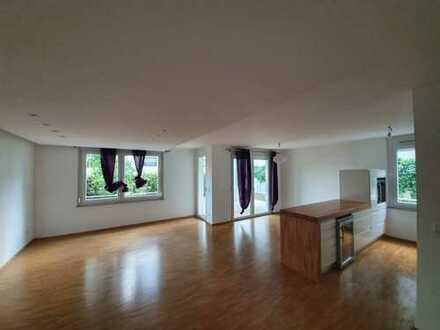 Schöne, geräumige drei Zimmer Wohnung in Heilbronn - Ost