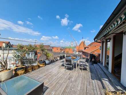 Mitten in der Ravensburger Altstadt - Stilvolle Maisionettewohnung mit großzügiger Dachterrasse