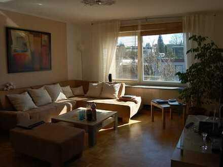 Sehr gepflegt und ruhig wohnen in grüner Lage...3,5 Raumwhg. mit Gartenmitbenutzung