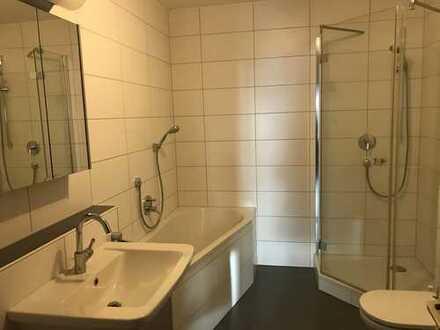 Schöne 4-Zimmer-Eigentumswohnung mit Westloggia in der nördlichen Altstadt inkl. 2 TGA-Stellplätze