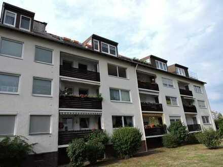 *Garbsen* 4-Zi.-Whg. mit EBK u. Süd-Balkon