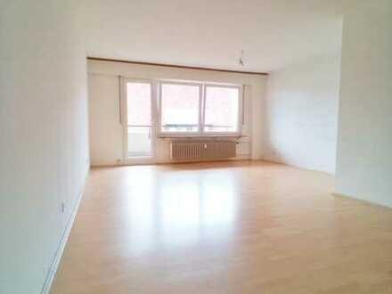 Zentral gelegene und ruhige 1-Zimmer-Wohnung mit nach Süden ausgerichtetem Balkon in Holzgerlingen