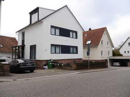 Gut gelegenes Einfamilienhaus mit Baugenehmigung für den Ausbau der Scheune in Waldbronn-Reichenbach