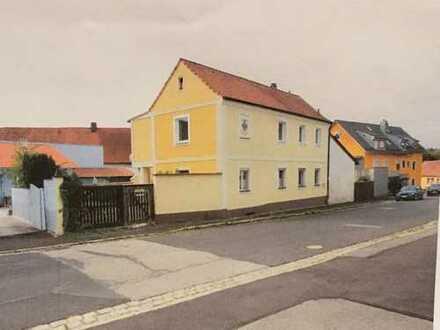 Einfamilienhaus in Hirschau (Kreis Amberg-Sulzbach) mit Renovierungsbedarf
