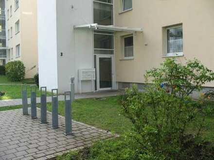 Sonnige Dachterrassenwohnung im ruhigen und grünen Sieglitzhof