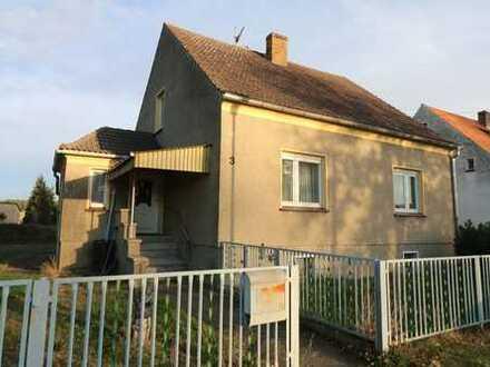 Einfamilienhaus mit Nebengelass in der Märkischen Heide