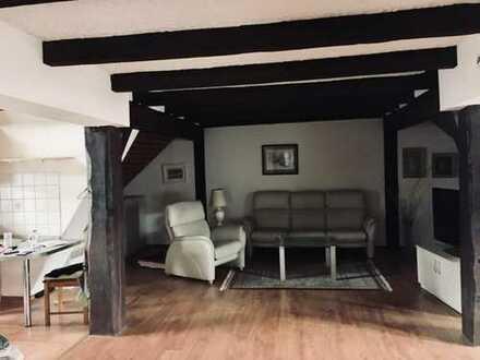 Großzügige 80 m²-Dachgeschoss Wohnung in CITY-LAGE