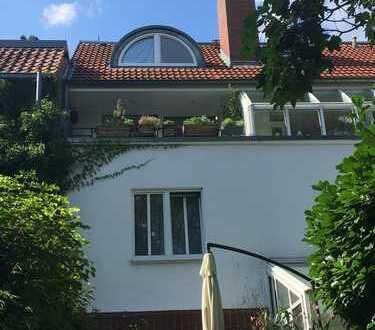 Split-Level Wohnung auf Leineinsel mit Traumblick
