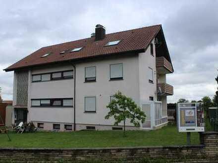 Gepflegtes Mehrfamilienhaus mit großem Grundstück!