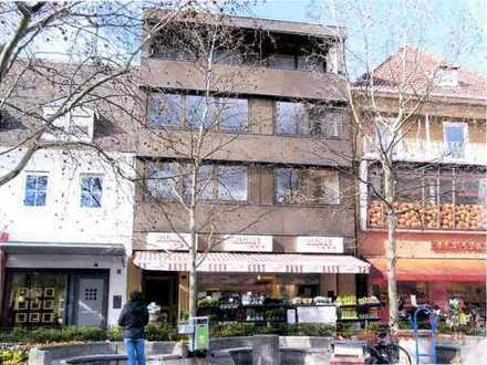 Top Ladenlokal am Rathausplatz 13 in der Frankenthaler Fußgängerzone