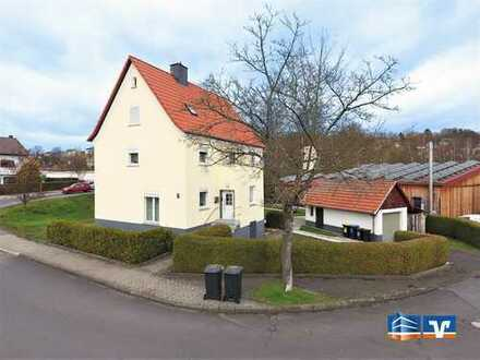 Einfamilienhaus mit viel Platz und einem schönen Garten.
