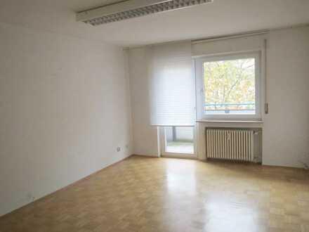Sanierte Büro- bzw. Praxisräume in zentraler Lage nahe der Fussgängerzone zu vermieten!