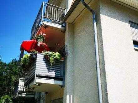 Helle 2 Zimmerwohnung in Weixdorf mit Balkon zu vermieten!!