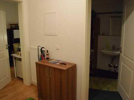 wunderschönes, ruhiges WG Zimmer im Herzen der Neustadt