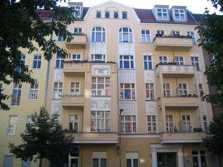 Super schöne vermietete 1-Zimmerwohnung in bester Lange in Berlin Prezlauer Berg zu verkaufen