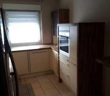 gepflegte 4-Zimmer-DG-Wohnung mit Balkon und Einbauküche in Mannheim