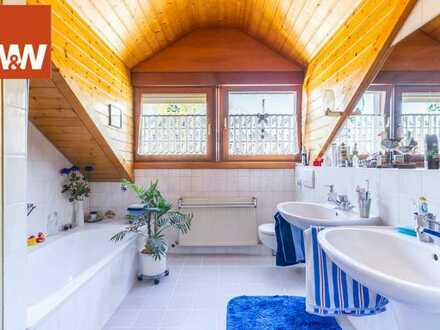 Doppelhaushälfte mit wunderschönem Außenbereich in toller Wohnlage