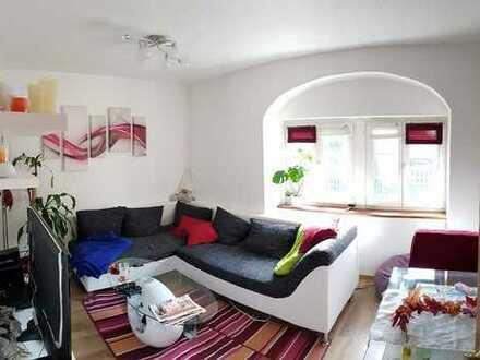 2-Raum-EG-Wohnung mit Küche in Radebeul / Weinbergstraße
