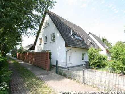 Bild_Doppelhaushälfte in Rahnsdorf mit Weg zum Wasser