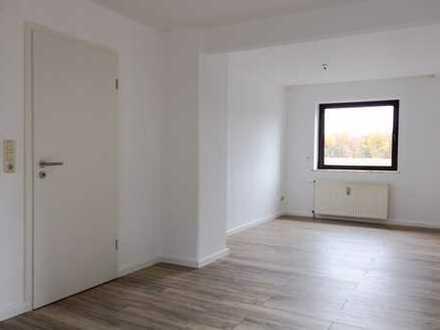 Schöne, ruhig gelegene 2-Zimmer-EG-Wohnung - Erstbezug nach Kernsanierung! -