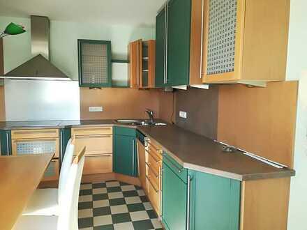 2 Zimmer-Wohnung mit Balkon in ruhiger Lage mitten im Zentrum
