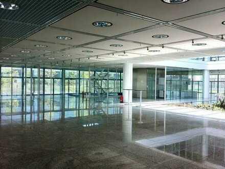Attraktive Büroflächen     ca. 1.600 m²     teilbar