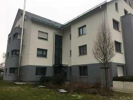 Exklusive 3,5 Zi-Erdgeschosswohnung, 80 qm in Herrenberg ab sofort frei!