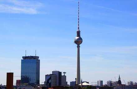EXKLUSIVE PENTHOUSE-WOHNUNG MIT TRAUMBLICK ÜBER BERLIN / BESTLAGE IM PRENZLAUER BERG/ KOLLWITZ- KIEZ