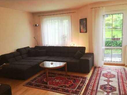 Stilvolle, gepflegte 2-Zimmer-Wohnung mit Balkon und Einbauküche in Stuttgart-Birkach