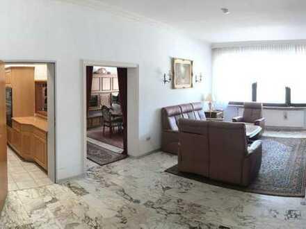 Gepflegte 3-Zimmer-Wohnung mit eigenem Personen-Aufzug nahezu barrierefrei!