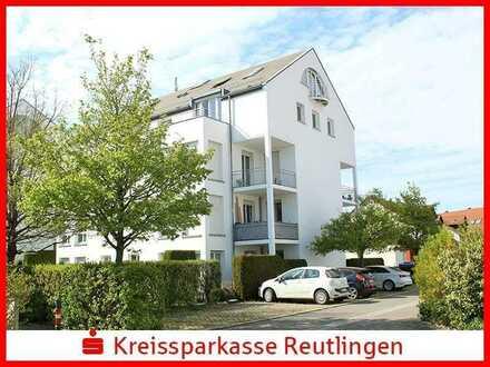 Kapitalanlage: Freundliche 1,5 Zimmer Wohnung im Baumsatz