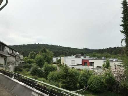 Gepflegte 4,5-Zimmer-Terrassenwohnung mit Balkon, Garten und Einbauküche in Schwäbisch Gmünd