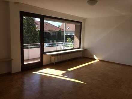Attraktive großzügige 4-Zimmer-Wohnung mit großem Balkon