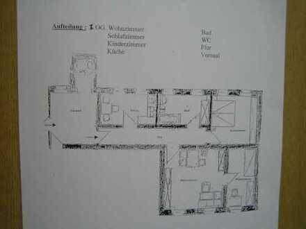 schöne, großzügige 3 -Zimmerwohnung in Oelsnitz