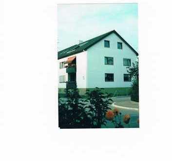 Familienfreundliche 4-Zimmer-Wohnung mit Balkon in Gerlenhofen direkt vom Eigentümer