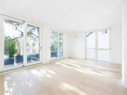 Edel & Exklusiv: Besonders Wohnen in Bogenhausen! Sonnige 3-Zi-Wohnung mit großem Balkon