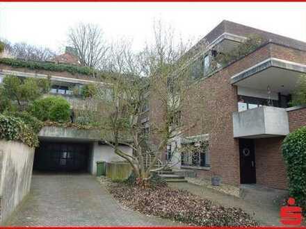 Attraktive, geräumige Eigentumswohnung mit großer Terrasse