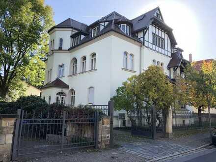 Imposante 3 Zimmerwohnung in einer Gründerzeitvilla im Herzen vom Preußischen Viertel in Dresden!