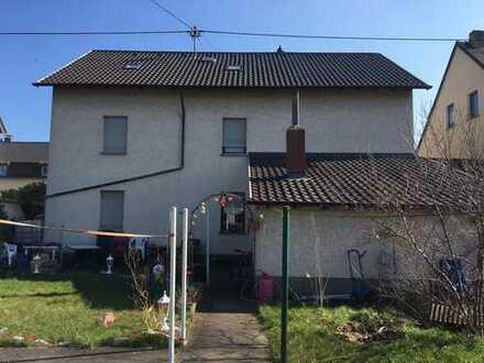 65m2 DG Wohnung in EFH mit Garten, ruhige Wohnlage in Bous