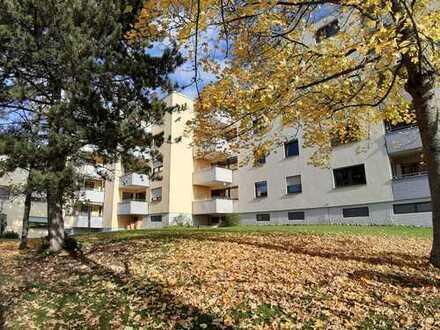 Großzügige 3 1/2 Zimmer-Wohnung mit Blick ins Grüne!