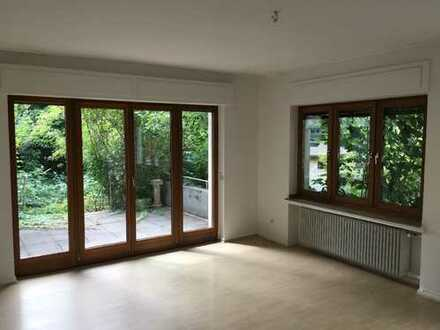 Helle und großzügige Wohnung mit Garten und Terrasse in Bonn zu vermieten!!