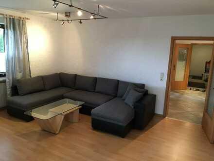 Schöne helle 3-Zimmer KG-Wohnung 87m² ab 01.10.21